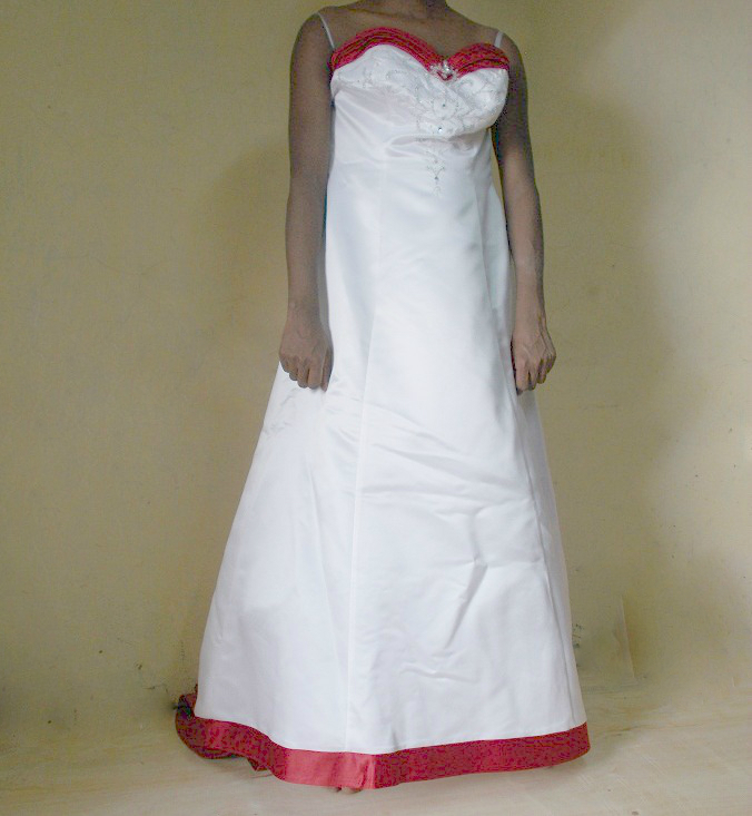 Red Trim Wedding Gown In Nairobi For Rent At A Fair Price