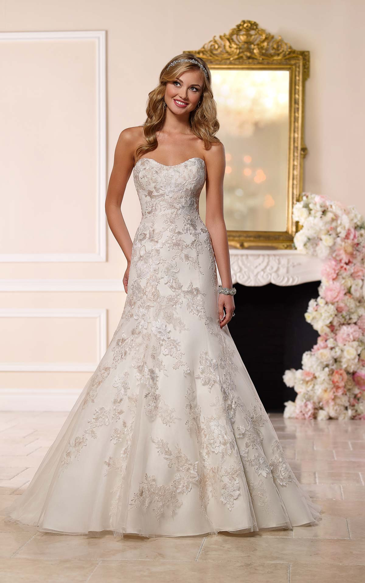 Lace Mermaid Gown In Kenya For Purchase Stella York Happy Wishy