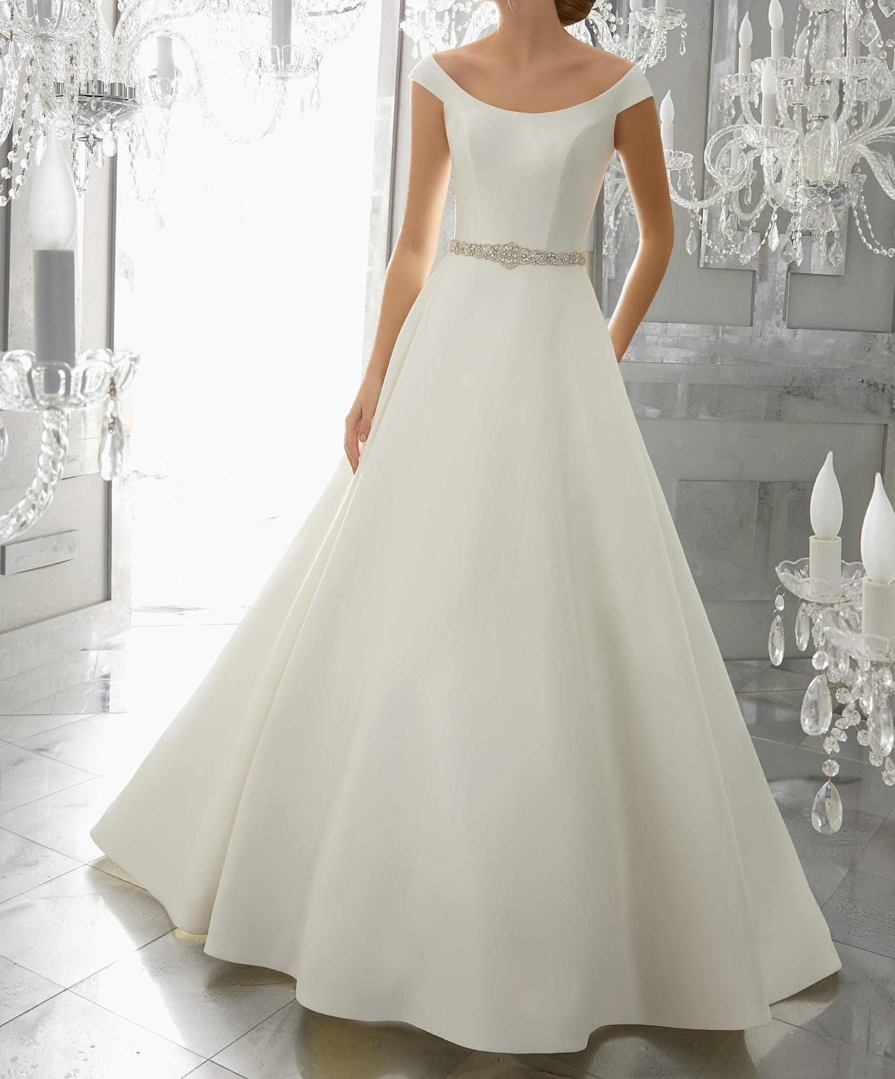 Scoop Neck Wedding Dress For Hire In Kenya Happy Wishy