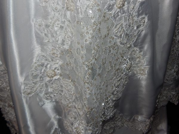 Mori lee vintage gown close view