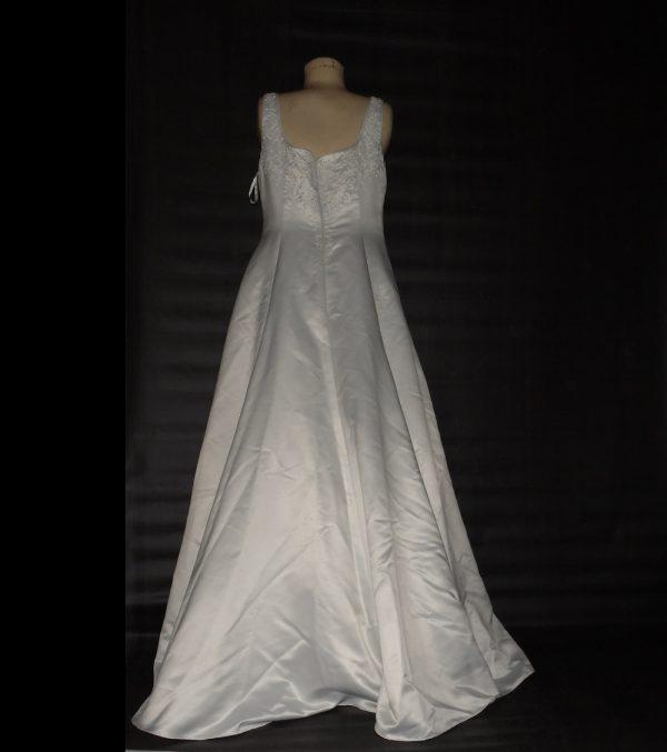 scoop neck wedding dress back view