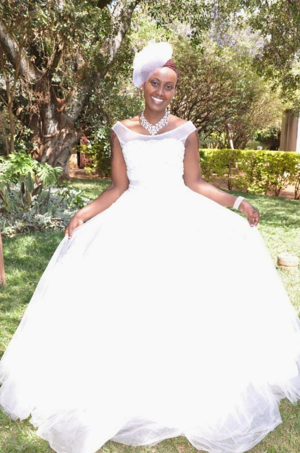 round neck wedding gown